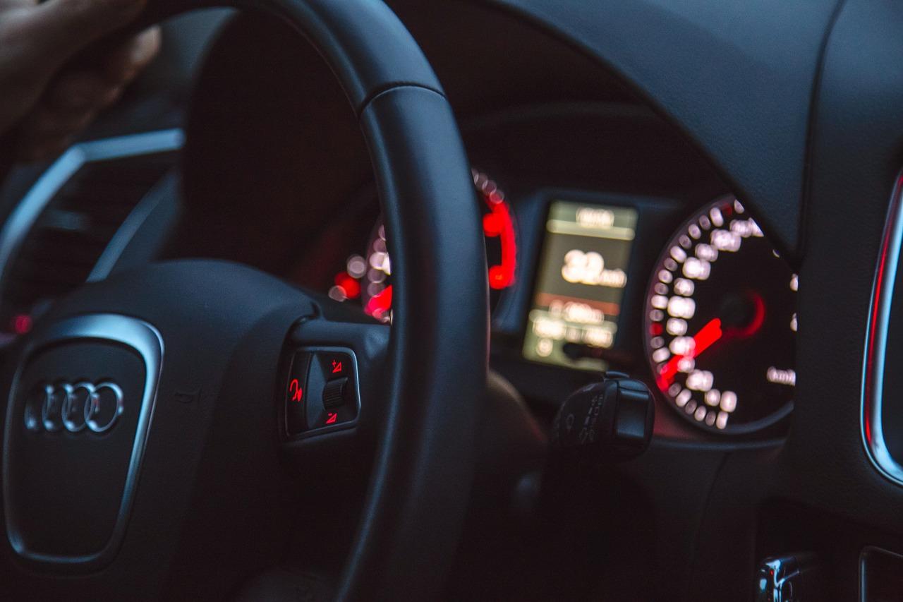 La Audi SQ8, une version musclée de voiture à couper le souffle.